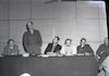 """פגישה של סגן הרמטכ""""ל יגאל ידין עם חברי ההגנה בנושא הקמת צבא הקבע:"""