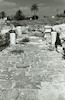 שרידי דרך רומית ליד האמפיתיאטרון בבית שאן.