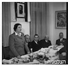 רפורטג'ה גולדה מאירסון - אבא אבן ארוחה חגיגית – הספרייה הלאומית