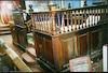 Congregation of Jacob Synagogue in London Bimah – הספרייה הלאומית