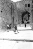 The beautifull narrow alles in the old City of Jerusalem – הספרייה הלאומית