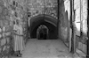 A lane in the Old City of Jerusalem on way to the Mosque of Omar.: – הספרייה הלאומית