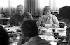 """הרמטכ""""ל, רפאל איתן, ערך מסיבת עיתונאים בלעדית עם הכתבים הבכירים של """"דבר"""" לקראת גיליון חג הפסח – הספרייה הלאומית"""