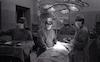 דן הדני מסקר את המערכות הרפואיות השונות בבית חולים השרון.: