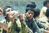 """קבוצת מחבלים ערבים נכנעים ליחידת צה""""ל אחרי שהסתננו לישראל מירדן – הספרייה הלאומית"""