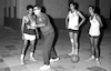 Bernard Sarachik, the guest coacher instructing the National basket ball team – הספרייה הלאומית