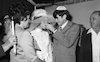 ארנון מוזס, הבעלים של ידיעות אחרונות, ובנו נח (נוני) מוזס, השתתפו בחתונה ב-28 בינואר 1972.