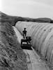הקמת כביש אשדות יעקב קיבוץ גשר שנות החמישים מחלקי בטון טרומי – הספרייה הלאומית