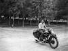 צעיר על אופנוע – הספרייה הלאומית