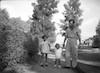 ישראל אבן נור עם בתו מיכל ויעקב בן אור – הספרייה הלאומית
