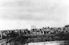 """שיירת """"חיות הנגב"""" גדוד 9, נכנסת לחצר כפר דרום הנצור – הספרייה הלאומית"""