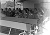 קבוצת בנות מבקרות בבית שטורמן – הספרייה הלאומית