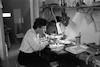 רחל במעבדה של בית שטורמן/דצמ' – הספרייה הלאומית