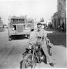 רודי על אופנוע. עפולה – הספרייה הלאומית