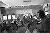 שלמה לביא מברך את המתנדבים שבאו לעין חרוד. 1956 – הספרייה הלאומית