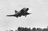 עיתונאים מטיסים מטוס פאנטום – הספרייה הלאומית