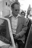 רבין מתפטר מראשות הממשלה – הספרייה הלאומית