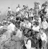 חברי הזורע מקשיבים לסיפורי המקום – הספרייה הלאומית