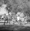 """ילדי קב' """"חמניות"""" במשחקים על הדשא – הספרייה הלאומית"""