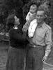 ישראל עם בתיה ובנם צביקה – הספרייה הלאומית