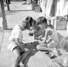 ילדים במשחק דמקה – הספרייה הלאומית