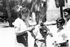 מרים בבל עם תלמידיה – הספרייה הלאומית
