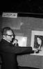 יריד הציירים בנוכחות דוקטור פלד ראש העיר – הספרייה הלאומית