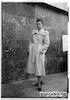 """צילומי אופנה, """"לכל"""" """"lakol"""", 1949 – הספרייה הלאומית"""